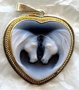 Double Horse Heart Cameo