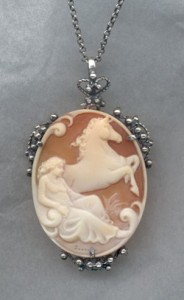 large-cameo