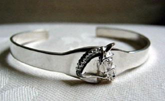 silver-horse-cuff-bracelet